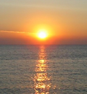 sunrise_over_the_sea1